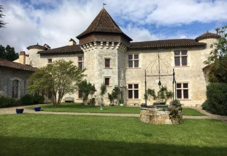 Mairie Lafox Manoir de Prades