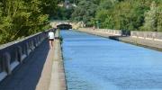 Pont canal à pieds